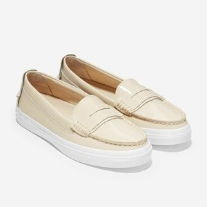 Cole Haan Leather Pinch Weekender Loafer Size 7.5B
